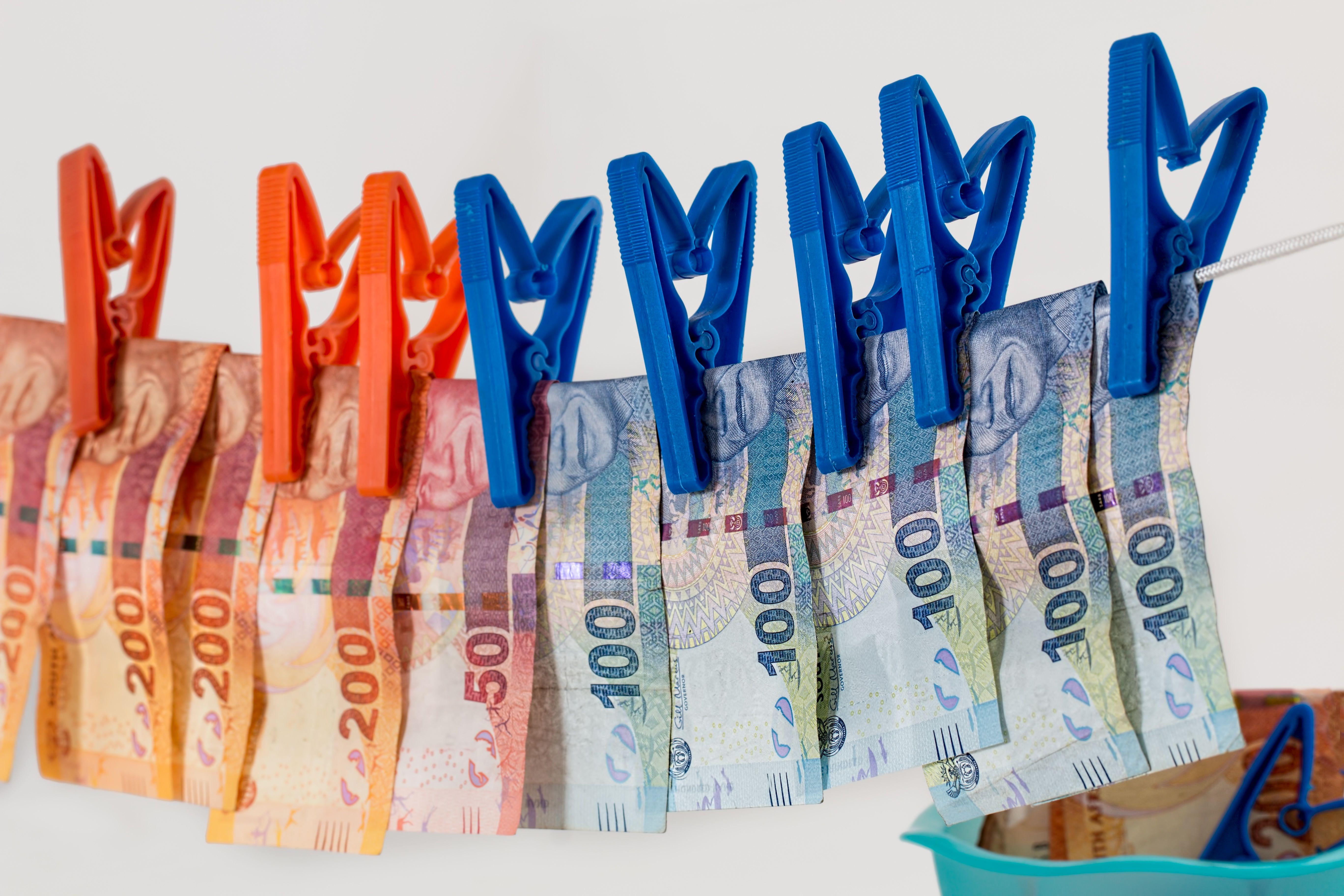 money-laundering-1963184.jpg
