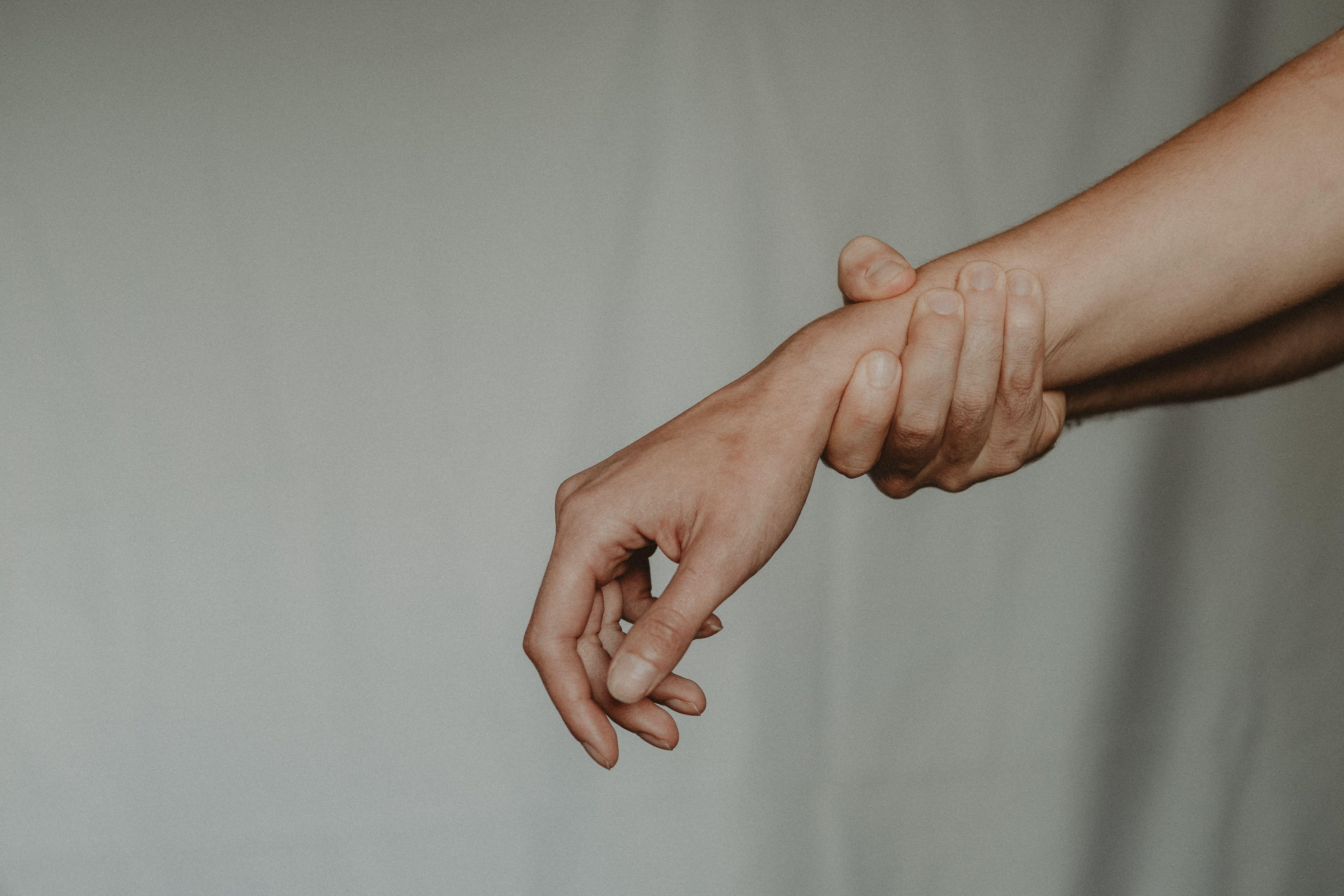 ورزش مچ دست