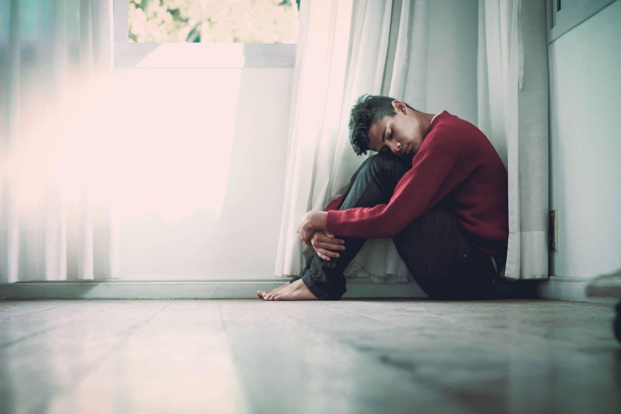 مواجهه با فردی که دارای بیماری مرتبط با روان است